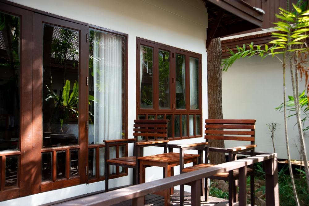 Royal Lanta Resort & Spa