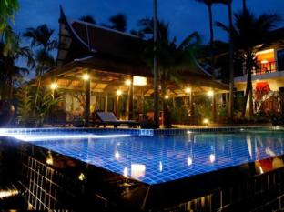 Cocoville Phuket Resort Phuket - Swimmingpool