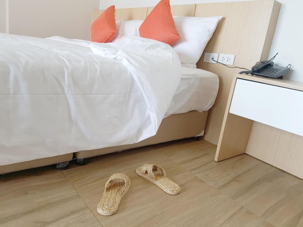 Sleeping Tree Hotel