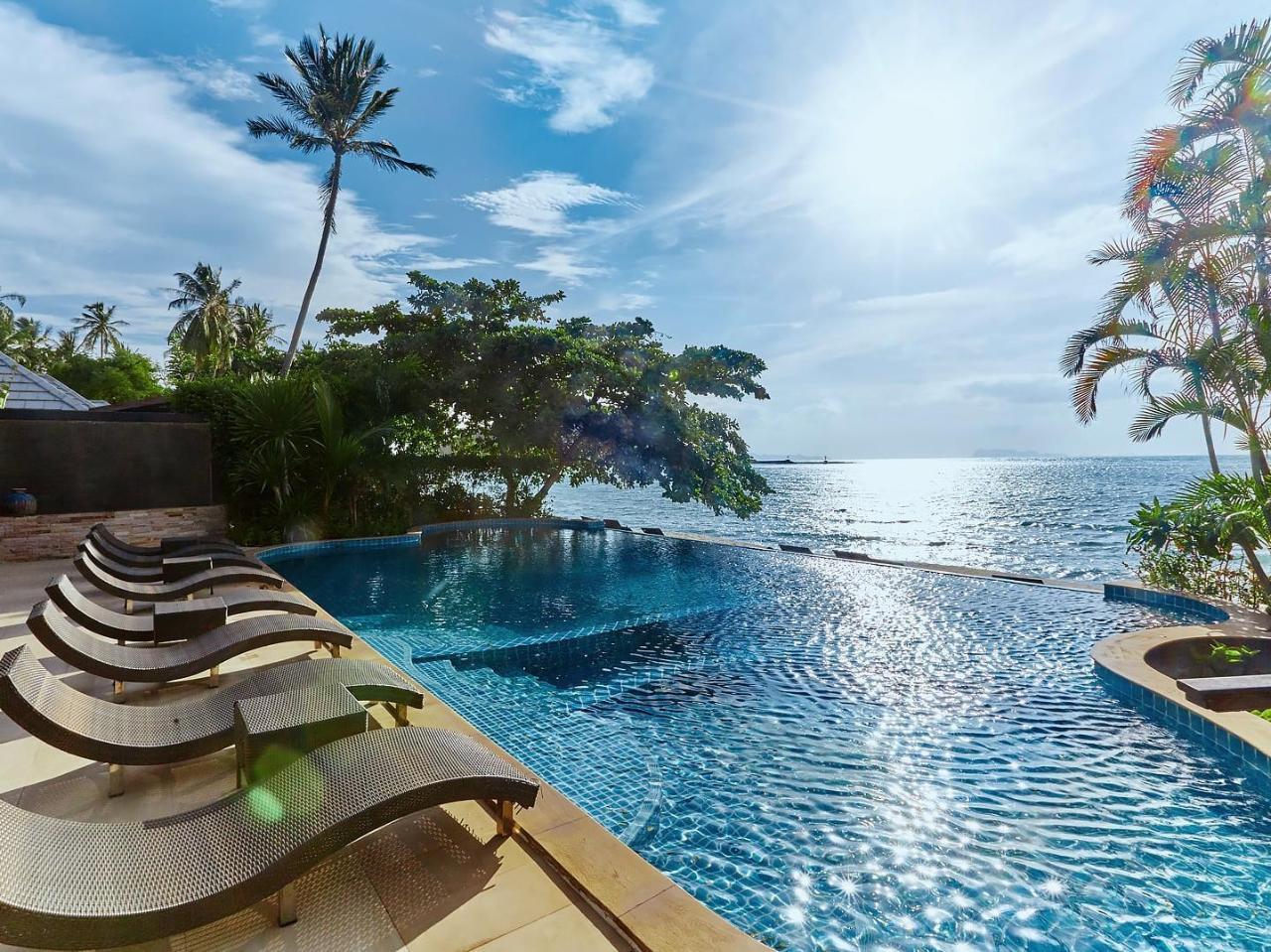 โรงแรมซีวาเล่ย์แอนด์สปา (Sea Valley Hotel & Spa)