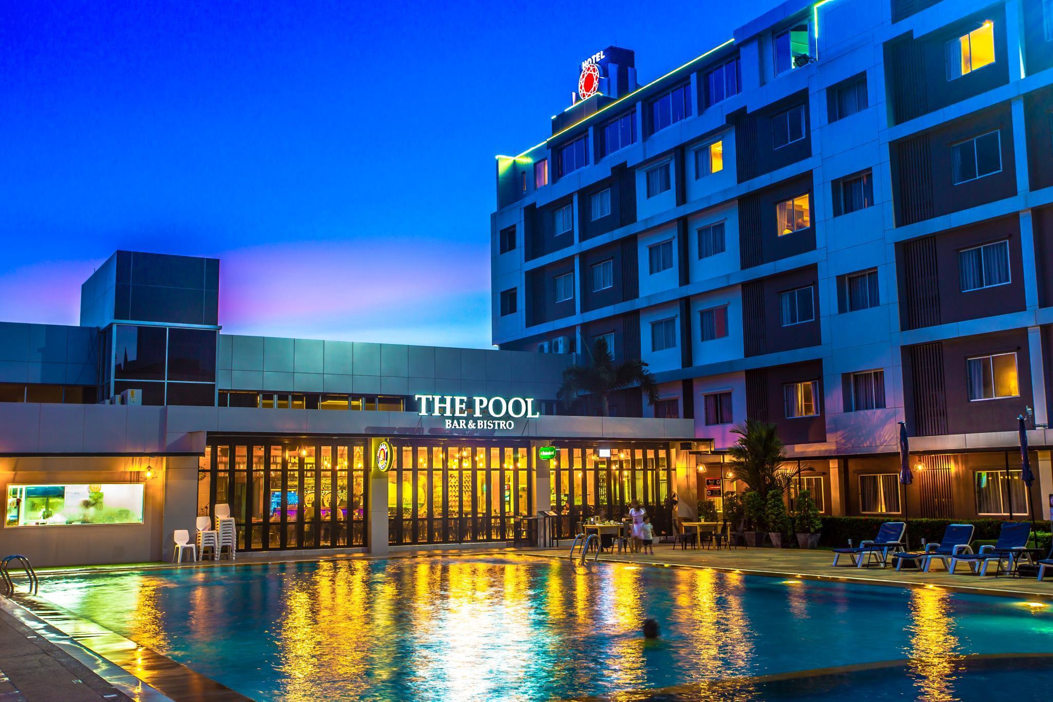โรงแรมนิว แทรเวิล ลอด์จ