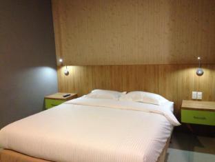 Wisma Sederhana Budget Hotel Медан - Вітальня