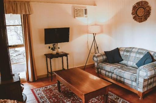 Kalimna Woods Cottages PayPal Hotel Lakes Entrance