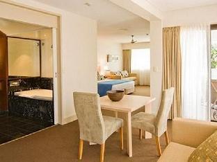 Waves Hotel Byron Bay3