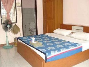Baan Bua Guest House guestroom junior suite