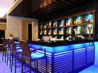 Harolds Hotel Cebu - Bar/Bekleme Salonu