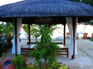 Linaw Beach Resort and Restaurant Bohol - Strand
