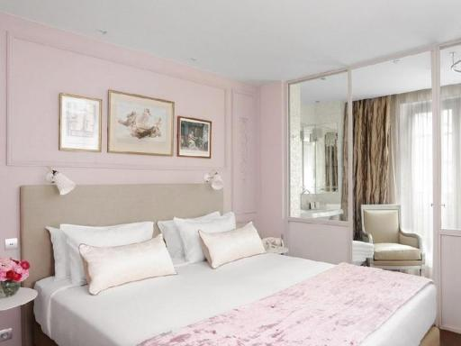 ➦  Hotels de Paris Rive Gauche    customer rating