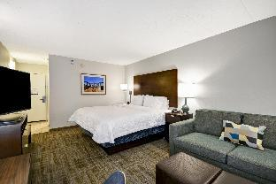 view of Hampton Inn Chicago/Naperville