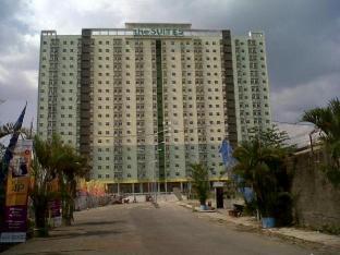 2BR The Suites Metro Apartment - Rent Suites 2