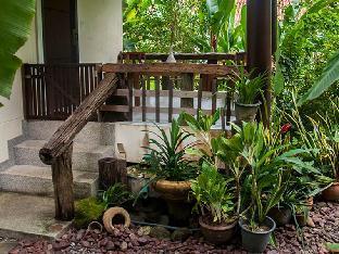 1/101 Moo 5. Soi Prajuab U-Thit, Tambon Khuekkhak. Chang Wat Phangnga