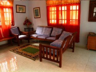 Mak Timah Homestay Langkawi - Living Room