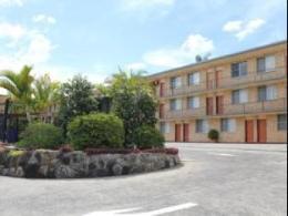 Aza Motel