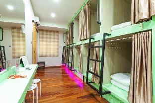 MM Capsule Hostel