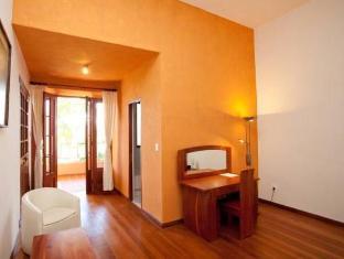 Best PayPal Hotel in ➦ Sucre: Hotel de Su Merced