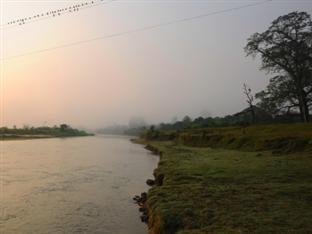 Rhino Lodge & Hotel Chitwan National Park - River View