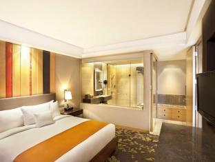 DoubleTree by Hilton New Delhi – Noida – Mayur Vihar New Delhi and NCR - Two room suite1