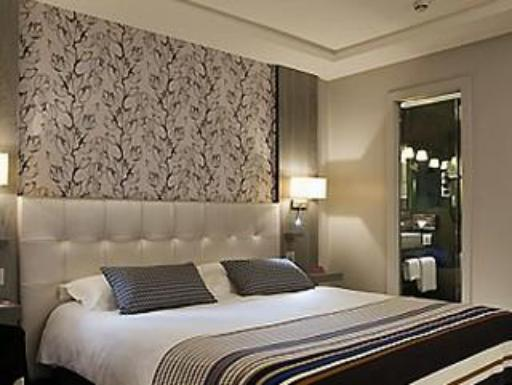 Best guest rating in Gippsland Region ➦ Ibis Styles Sale Hotel takes PayPal