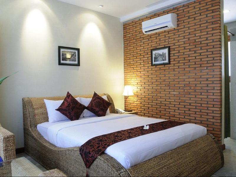 フランジパニ ファイン(Frangipani Fine Arts Hotel)