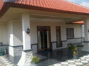 Nanamy Guest House Seminyak