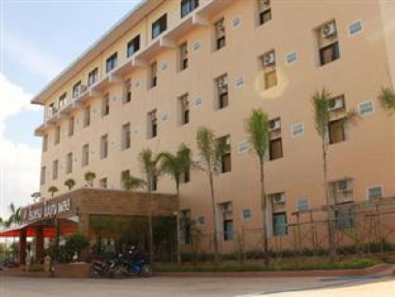 ใบบุญ เพลส โฮเต็ล แอนด์ คอนเวชั่น เซ็นเตอร์ (Baiboon Place Hotel & Convention Center)