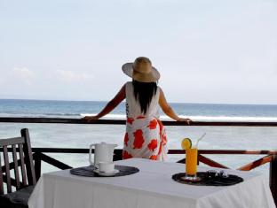 The Natia a Seaside Hotel Bali - Restoran