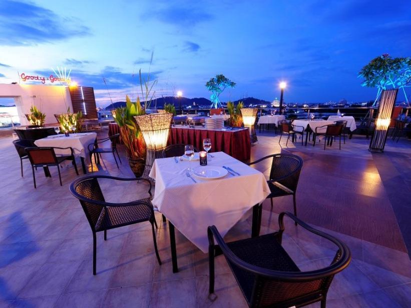 Bonito Chinos Hotel,โรงแรมโบนิโต้ ชิโนส์