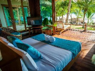 The Beach Natural Resort Koh Kood guestroom junior suite