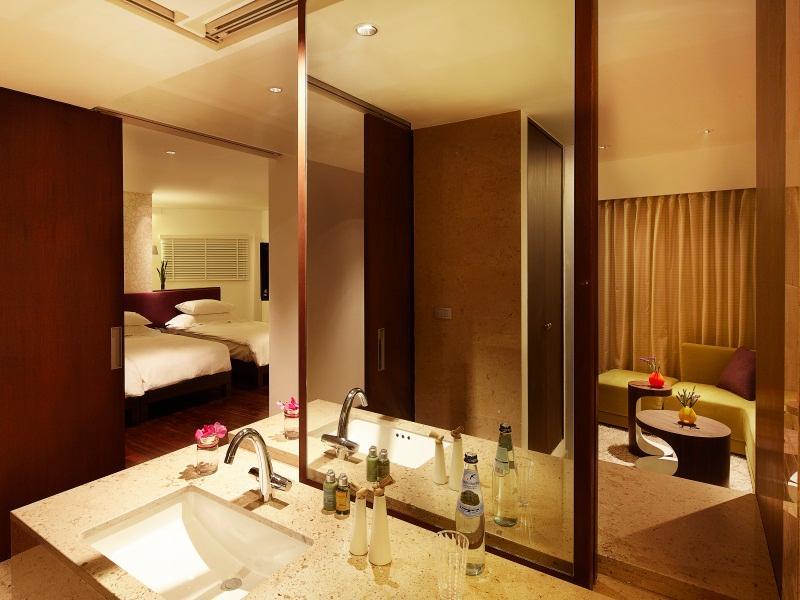 LiT Bangkok Hotel,โรงแรมฦทธิ์ กรุงเทพ