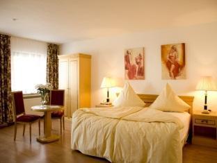Best PayPal Hotel in ➦ Bergisch Gladbach: