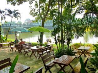 Hollanda Montri Guesthouse Chiang Mai - Viešbučio išorė