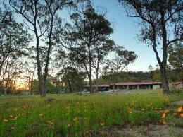 Murray Gardens Country Cottages & Motel