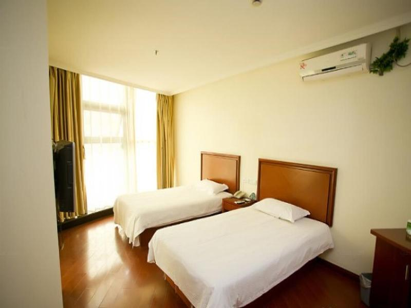 Deluxe Twin Room- Domestic Residents Only