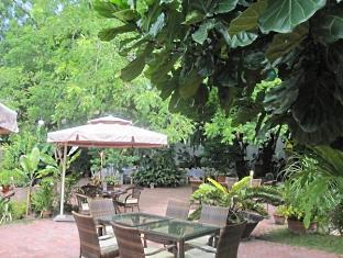 Hotel Precious Garden of Samal डावाओ - रेस्त्रां