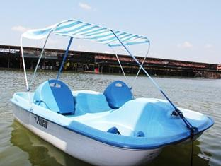 Sinar Serapi Eco Theme Park Resort Kuching - Paddle Boat