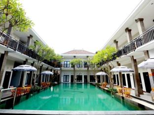 Hotel Asoka City Home Bali - Piscină