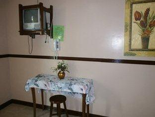 Philippines Hotel Accommodation Cheap | 5R Rooms for Rent Tagaytay - Interior