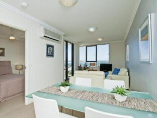 Aqualine Apartments Gold Coast - 1 Bedroom Apartment
