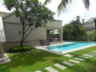 Bangtao Private Villas Phuket - Pool & Garden