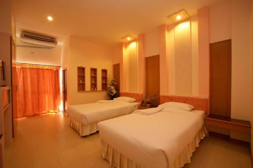Bluetel Hotel hotel accepts paypal in Kalasin