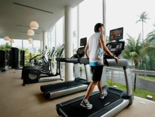 Centara Grand West Sands Resort & Villas Phuket - Ruangan Fitness