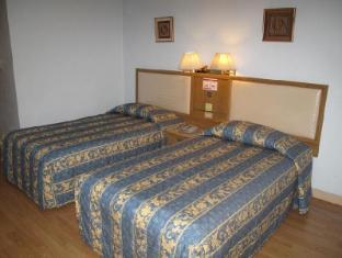 Far East Inn Bangkok - Guest Room