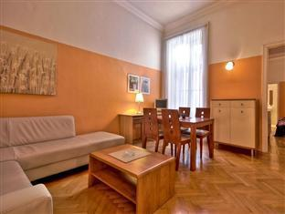 City Hotel Apartments - Vaci 7 Budapest - Living room