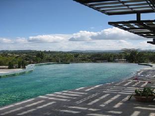 Breeze Hill Resort discount