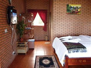 Long Villa Inn Kep - Deluxe Double with terrace