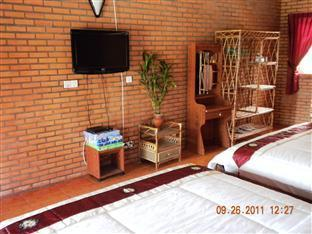 Long Villa Inn Kep - Deluxe Twin with sea view