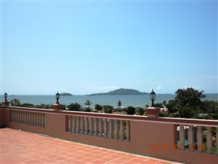 Sok Man Palace Kep - Terrace with sea view