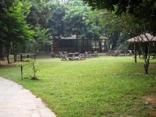 Royal Park Hotel Chitwan National Park - Aed