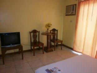 Rehm Rooms for Rent Tagaytay - Guest Room