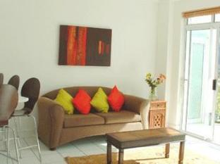 Fish Hoek Luxury Self-Catering Apartments Cape Town - Garden Apartment Lounge